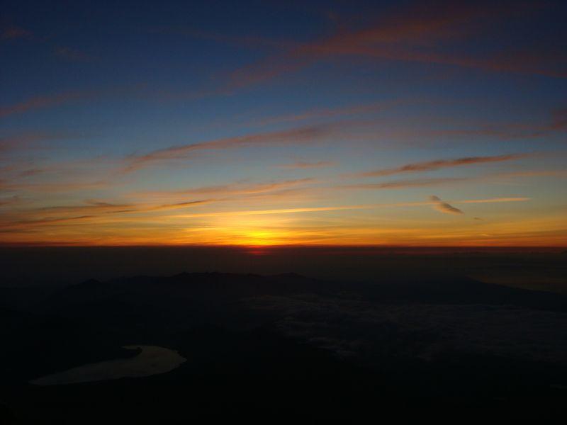Fuji sunrise break