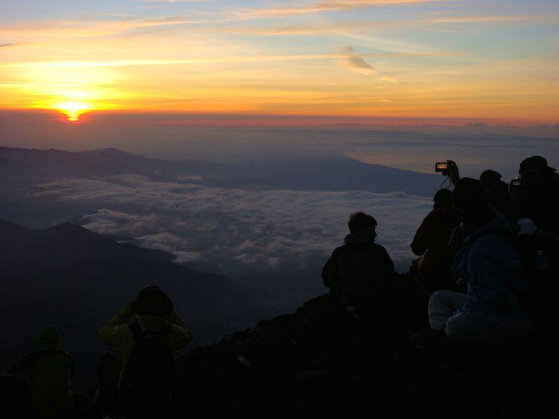 Fuji dawn and spectators